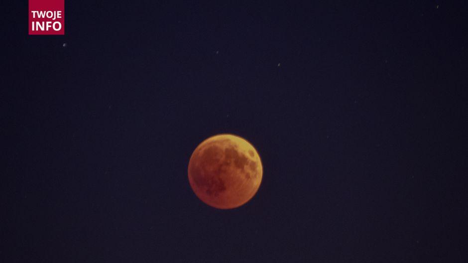 Zaćmienie Księżyca w Pszczynie (fot. Twoje Info)