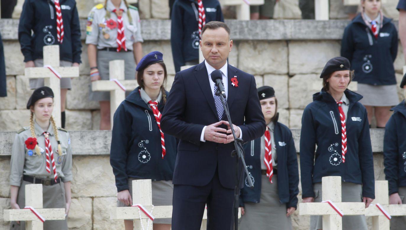 Prezydent Andrzej Duda podczas uroczystości na Monte Cassino (fot. PAP/Wojciech Olkuśnik)