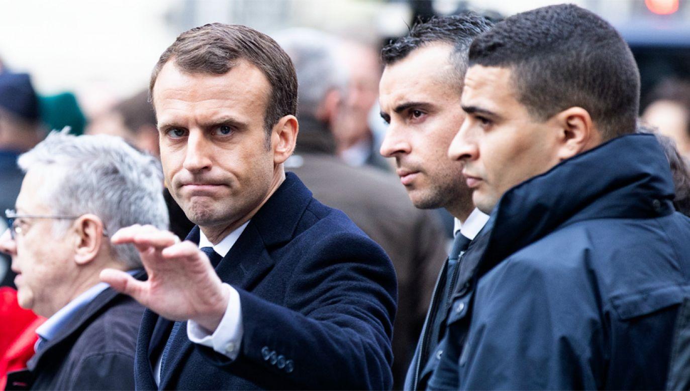 Francuzi są niezadowoleni z polityki Emmanuela Macrona (fot. PAP/EPA/ETIENNE LAURENT)
