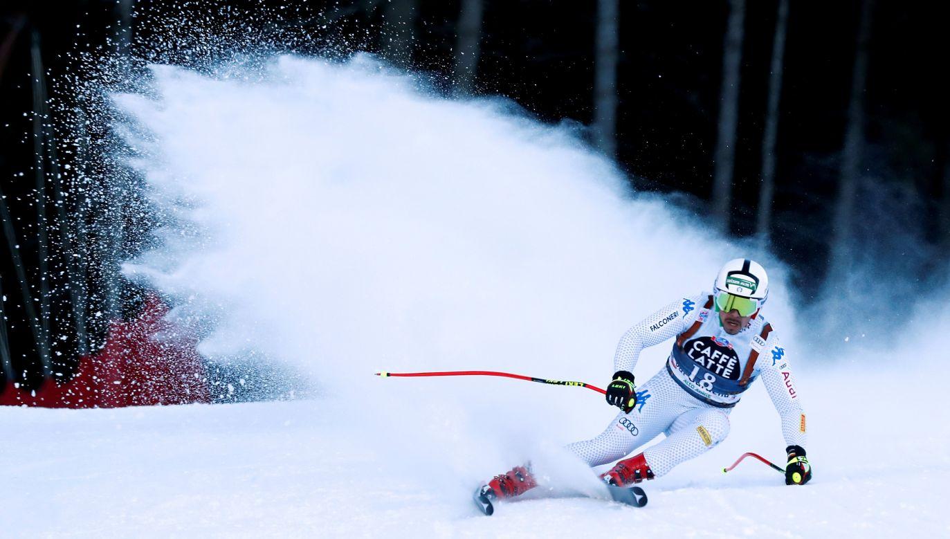 Kto się nie połamie i nie pozrywa, ten ma fart. Na zdjęciu: włoski narciarz Peter Fill w czasie biegu zjazdowego mężczyzn w Val Gardena, 14 grudnia 2018 roku. Fot. Reuters/Stefano Rellandini