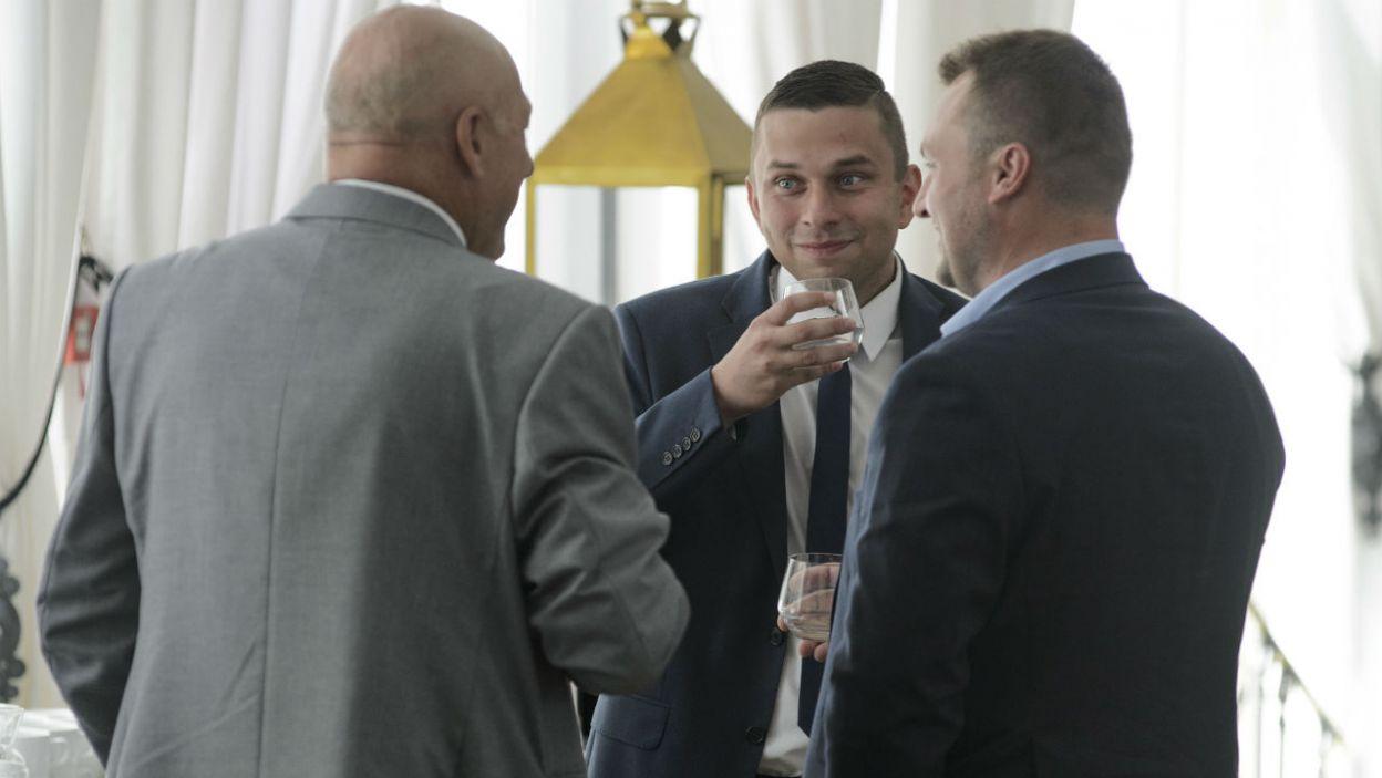 Panowie dzielą się wrażeniami z pierwszych spotkań! (fot. TVP)