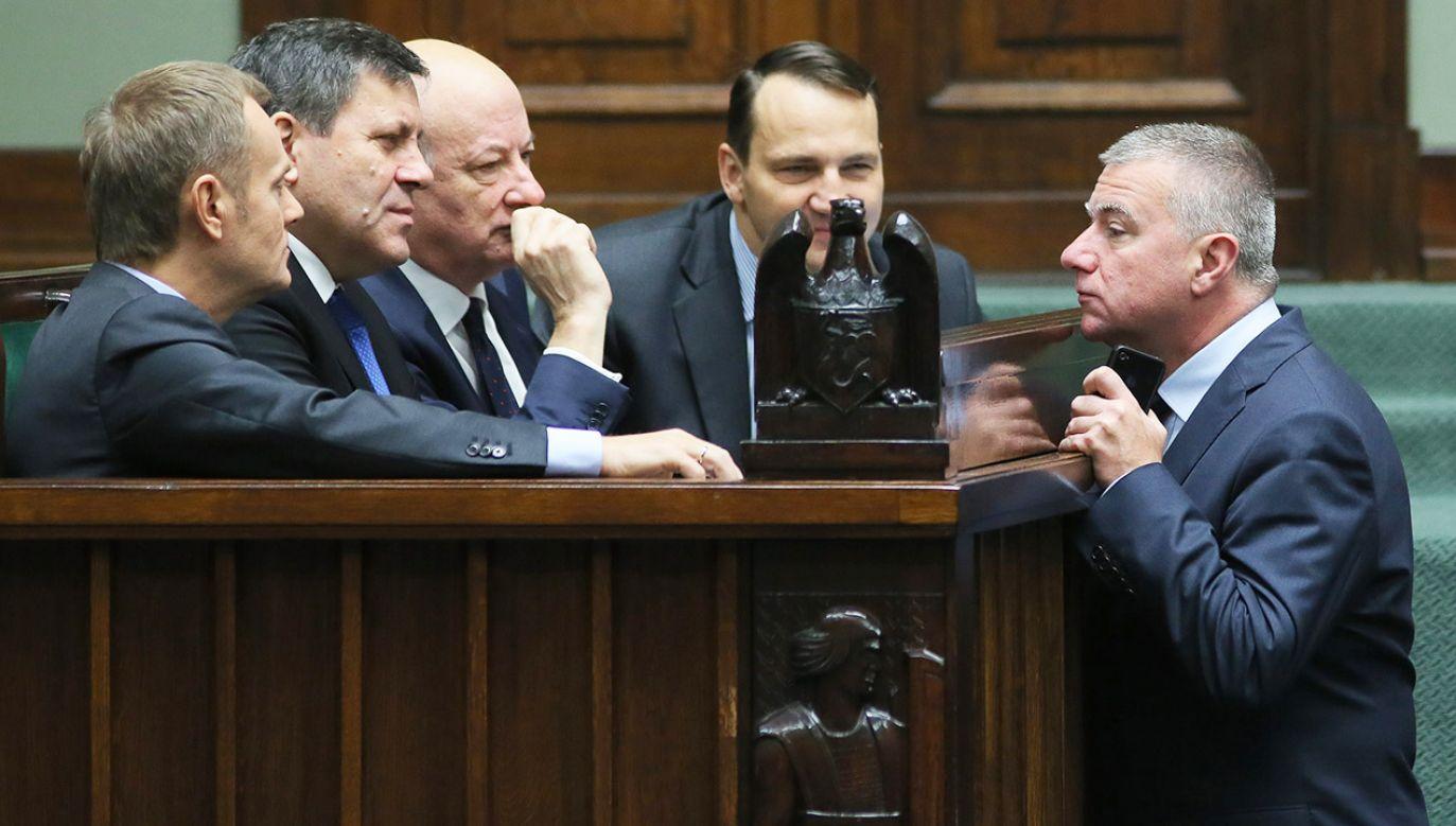 Zdaniem Suskiego były rzecznik rządu Tuska powinien zeznawać przed komisją ds. VAT po tym, jak ujawnione zostały nagrania z jego udziałem  (fot. arch.PAP/Leszek Szymański)