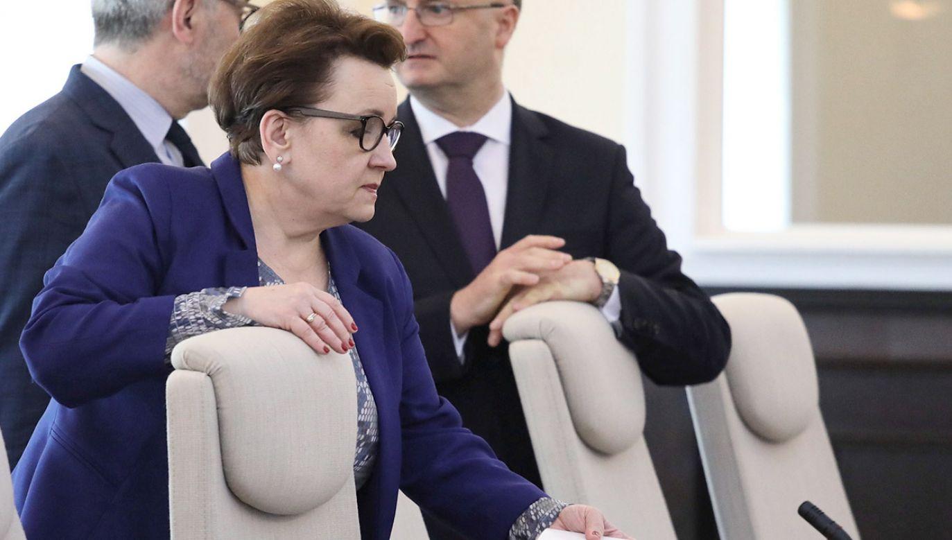 Sejmowa Komisja Edukacji, Nauki i Młodzieży zajęła się wnioskiem posłów PO-KO o odwołanie Zalewskiej ze stanowiska (fot. PAP/Tomasz Gzell)