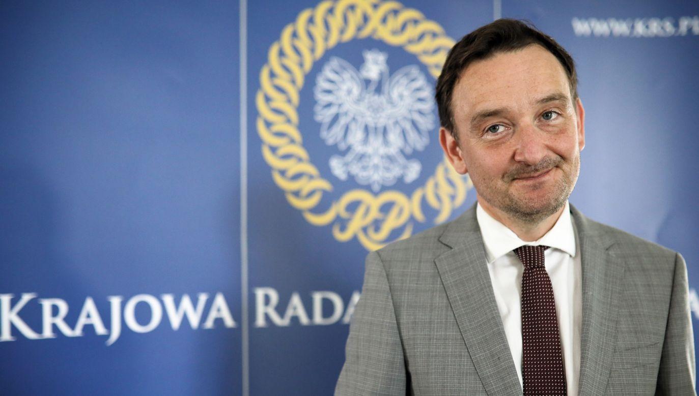 """Rzecznik KRS sędzia Maciej Mitera przekazał, że wniosek """"będzie głosowany"""" w czwartek lub piątek (fot. arch. PAP/Leszek Szymański)"""