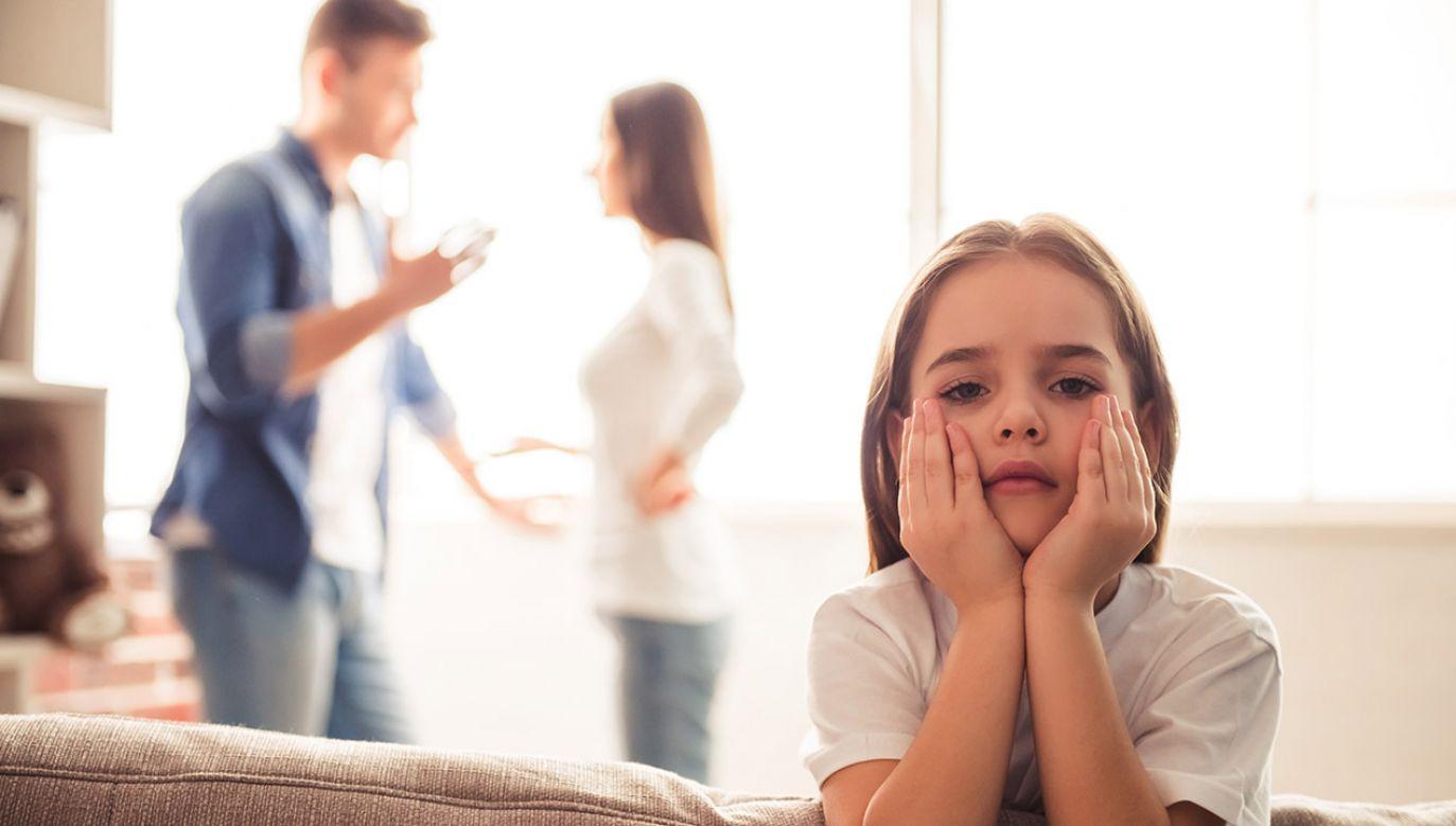 Najczęściej rozstają się małżeństwa ze stażem od pięciu do dziewięciu lat (fot. Shutterstock/VGstockstudio)