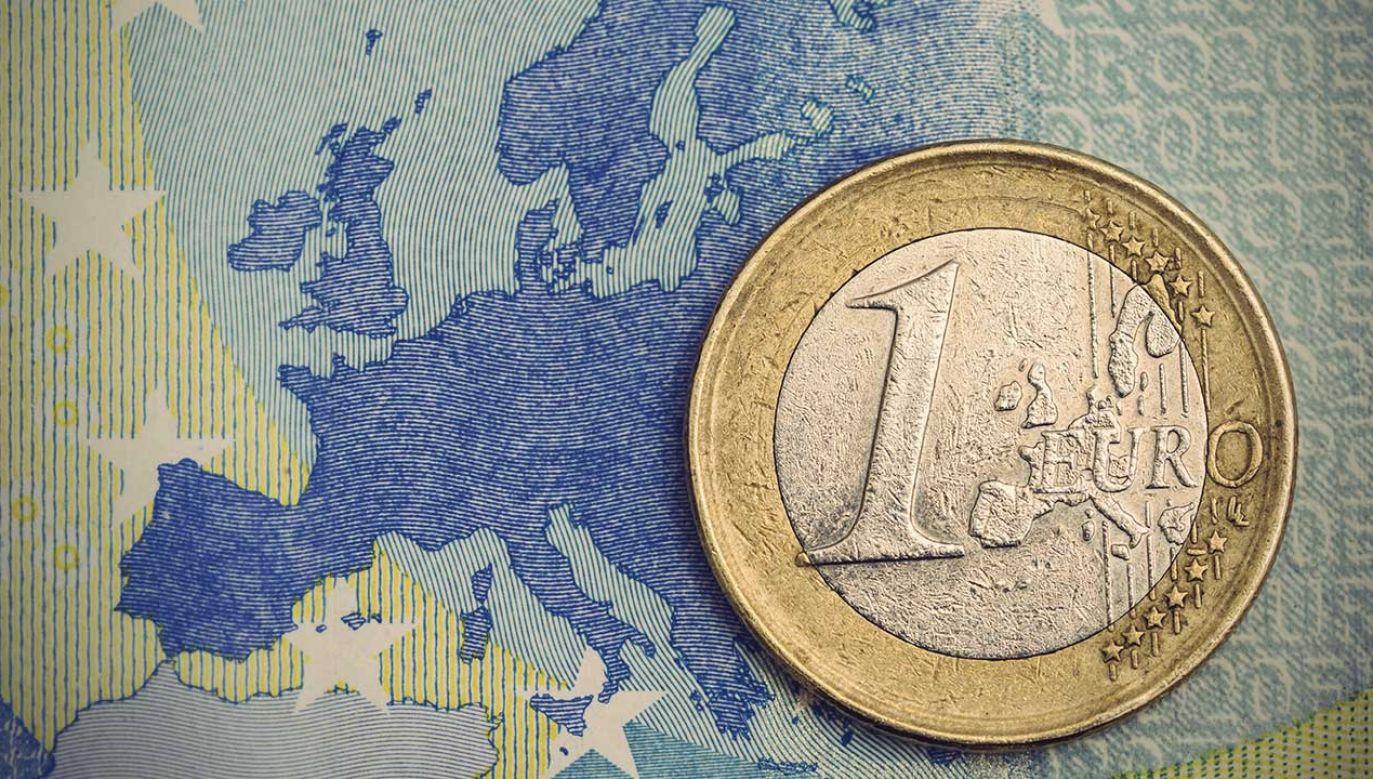 Ryszard Czarnecki uważa, że na razie unijny budżet jest fatalny (fot. Shutterstock/AR Pictures)