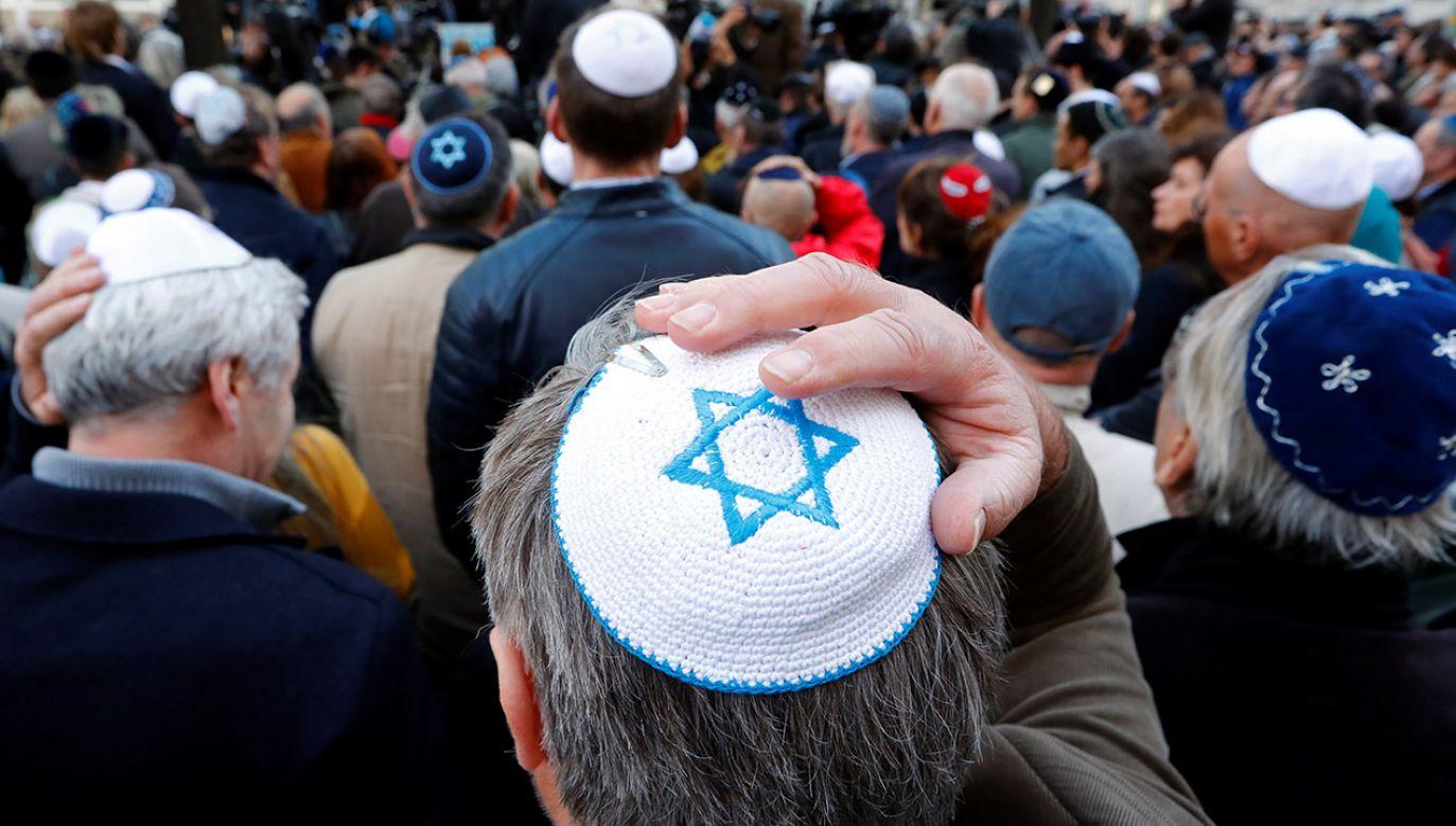 """Napastnik krzyczał """"Żadnych Żydów w Niemczech!""""(fot. REUTERS/Fabrizio Bensch)"""