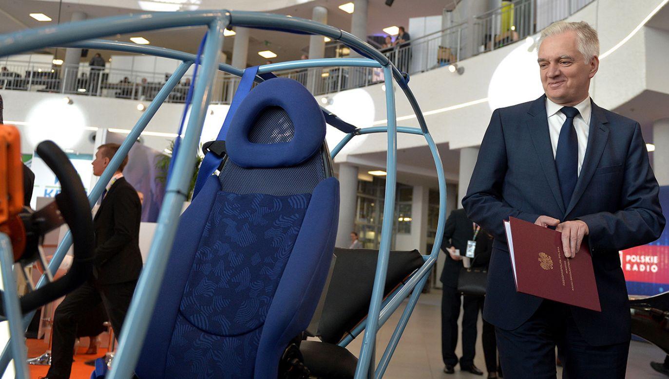 Wicepremier, minister nauki i szkolnictwa wyższego Jarosław Gowin podczas Kongresu 590 (fot. PAP/Darek Delmanowicz)