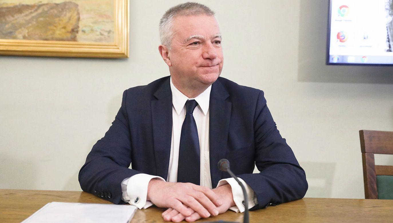 Przed komisją stanął ds. wyłudzeń VAT-u były rzecznik rządu Paweł Graś  (fot. PAP/Tomasz Gzell)