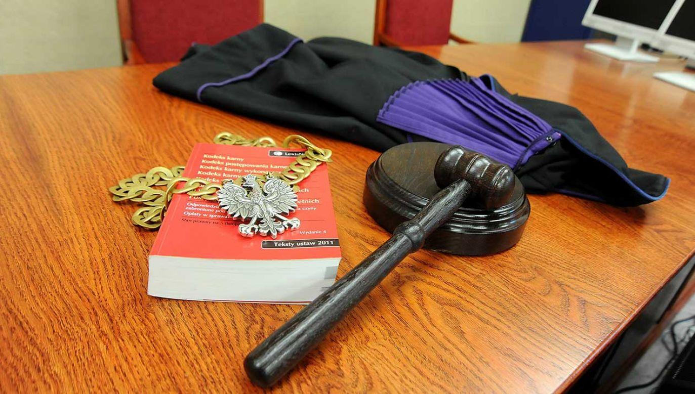 Nowela art. 212 Kodeksu karnego zakłada kary za pomówienie i tworzenie fałszywych dowodów na potwierdzenie nieprawdziwego zarzutu lub nakłanianie innych osób do potwierdzenia okoliczności objętych jego treścią (fot.  arch. PAP)
