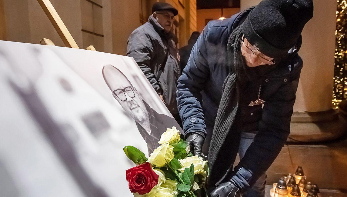 Żałoba narodowa będzie obowiązywać od dnia 18 stycznia 2019 r. od godz. 17.00 do 19 stycznia do godz. 19.00. (fot. PAP/Wojciech Pacewicz)